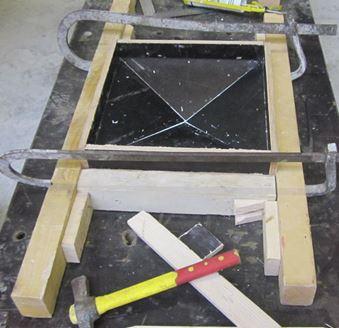 Realisation de pilier de cour le chapeau - Comment faire un pilier en beton ...