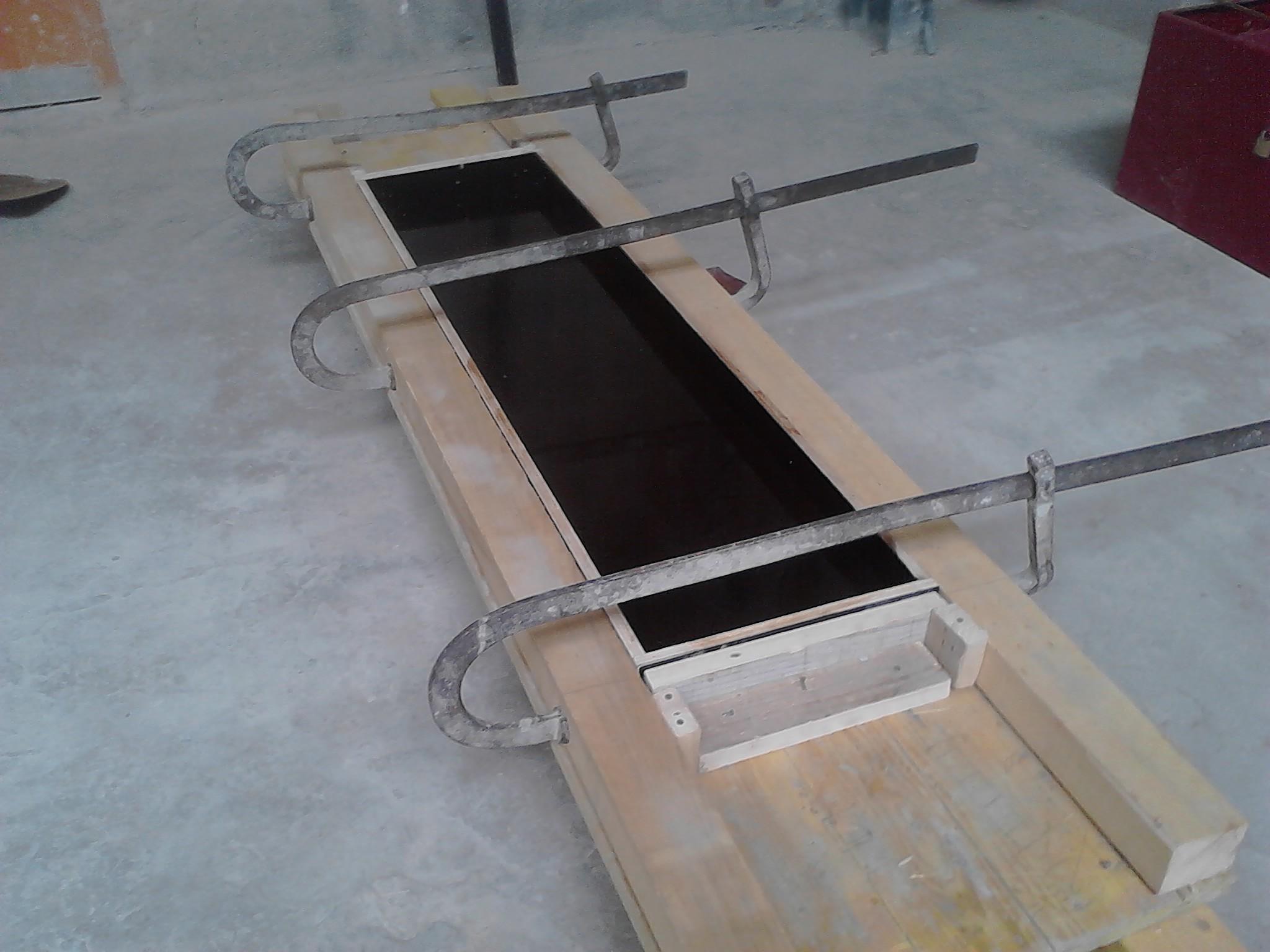 Coffrage appui de fenetre coffrage du support de l 39 for Peinture pour appui de fenetre en beton